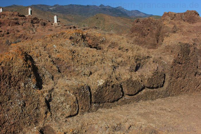 Steinzeichnungen beim Opferplatz von Cuatro Puertas.
