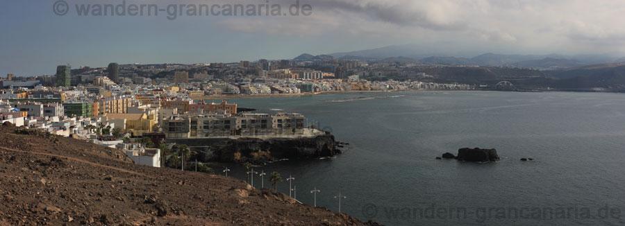 Las Canteras Strand von der Isleta aus gesehen.