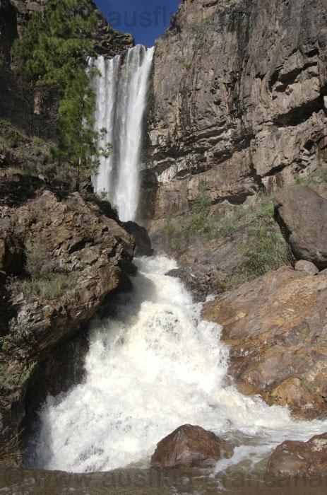 Grosser Wasserfall beim Soria Stausee auf Gran Canaria