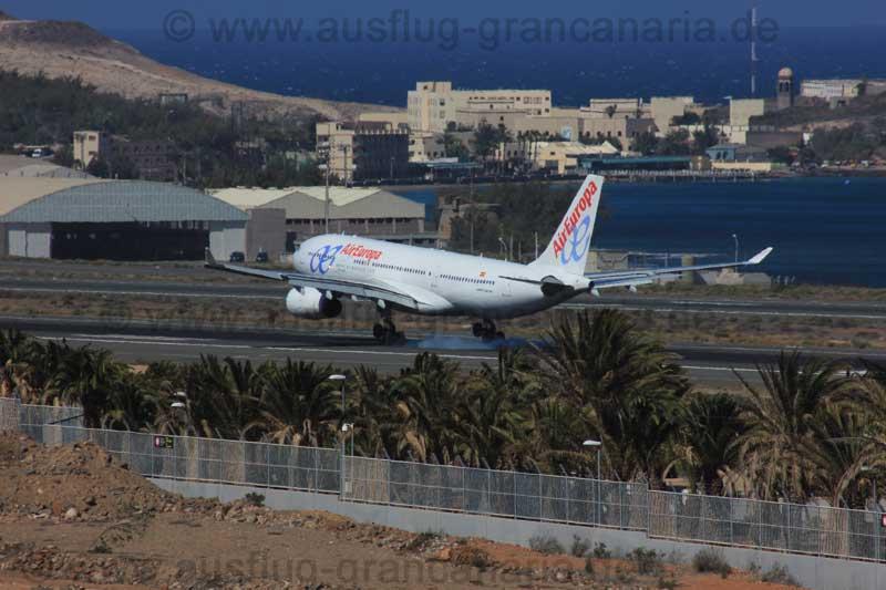 Flugzeug von Air Europa landet am Flughafen von Gran Canaria
