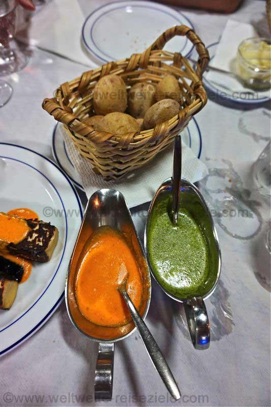 Roter und grüner Mojo mit Papas Arrugadas, Kanarische Kartoffeln