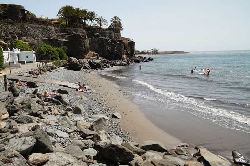 Playa östlich von Bahia Feliz