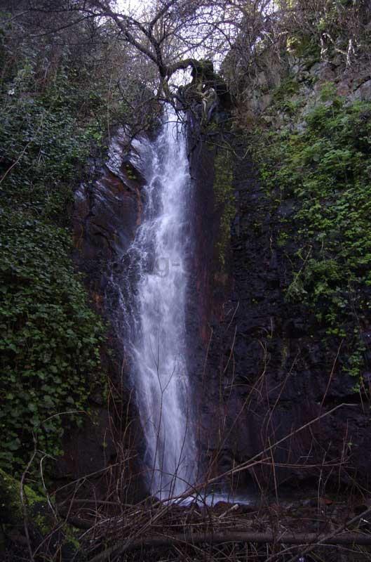 Der höchste Wasserfall im Barranco de la Mina