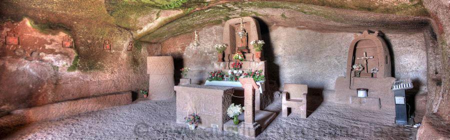 Höhlenkapelle von Artenara mit der Virgen de la Cuevita