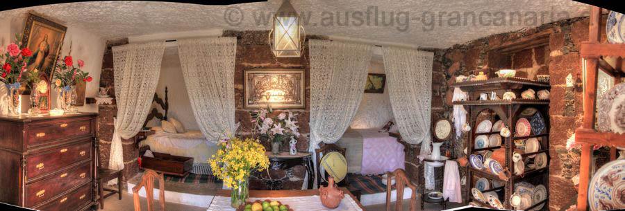 Höhlenmuseum von Artenara, Wohnhöhle mit Schlafzimmer und Aufenthaltsbereich