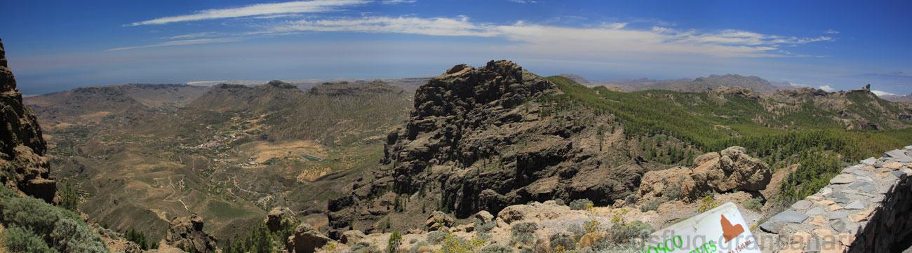 Ausblick vom Aussichtspunkt am Pico de las Nieves, höchster Berg von Gran Canaria nach Süden und Westen